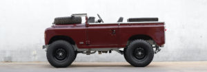 Defender 90 in Burgundy